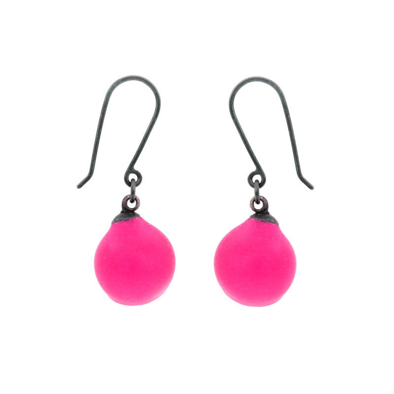 Mix up look sharp, mix and match, jenny llewellyn, silicone jewellery, drops, hook earrings, pink