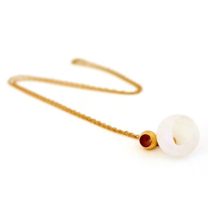 who needs pearls, jenny llewellyn, silicone jewellery, gold plated, pendant