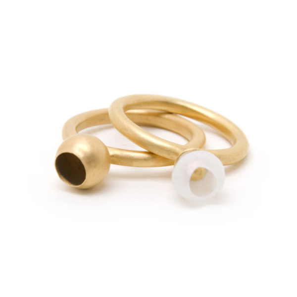 who needs pearls, jenny llewellyn, silicone jewellery, gold plated, rings, 2 ring set