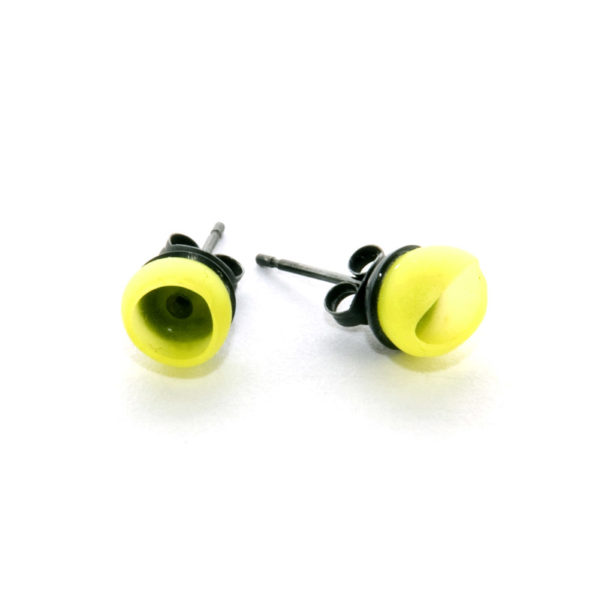 Mix up look sharp, mix and match, jenny llewellyn, silicone jewellery, 1 cup studs, yellow