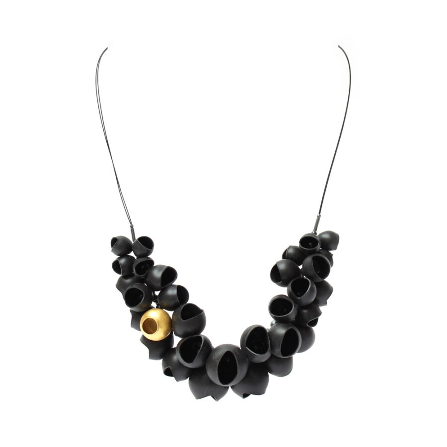 Chromophobia black and gold half cluster neclace