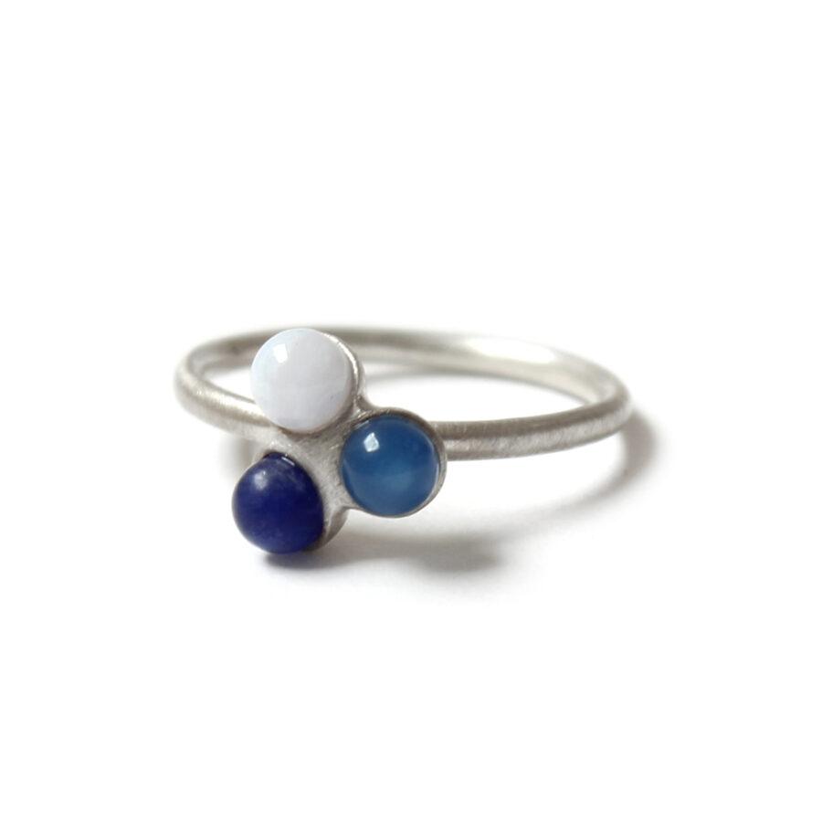 Blue fade trio ring